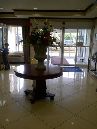 Baymont Inn & Suites Hattiesburg : Lobby