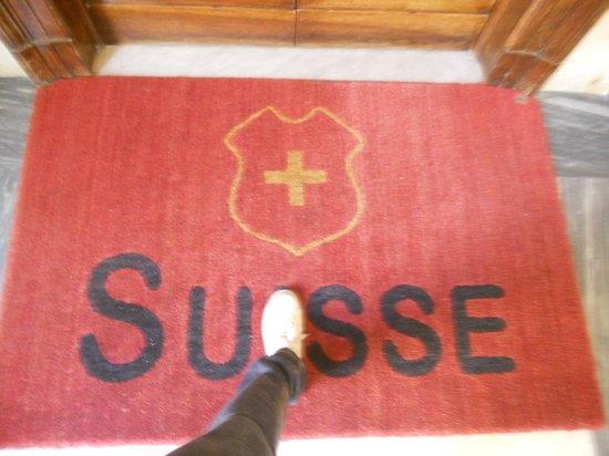 Hotel Suisse: Entrada