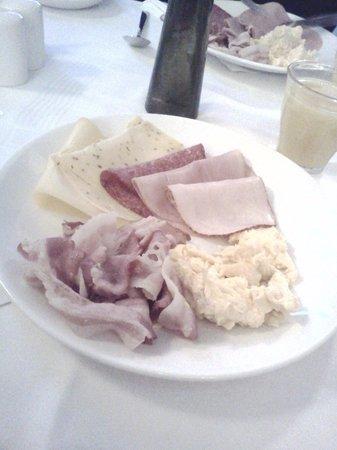 Hotel Multatuli: café da manhã