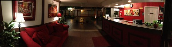 The Alabama Hotel: Alabama Hotel Lobby