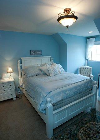 Lakeshore House: Lavender En suite