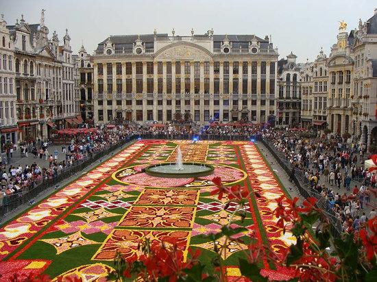 Bravo Discovery Brussels Walking Tour Belgium Top