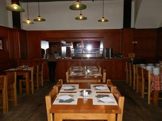 Brewery Hotel U Medvidku: restaurante café da manhã