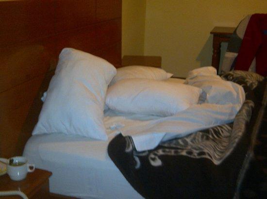 Siete Ventanas Hotel: cama