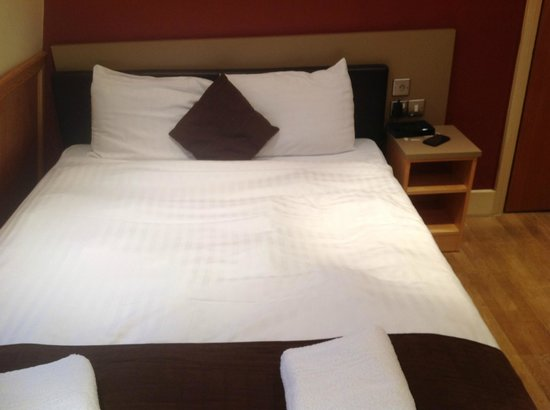 Hotel Melville: Bed