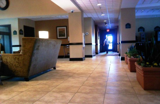 Wingate by Wyndham - Frisco: Good Public Areas