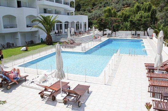 Plaza Skiathos Hotel: бассейн