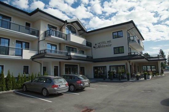 Hotel Garni Melanie: Le matin