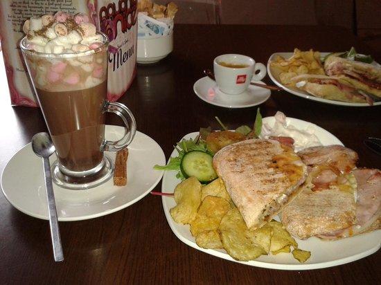 Naughty & Nice Cafe Bistro Ice Cream Parlour Chocolatier: mmm...