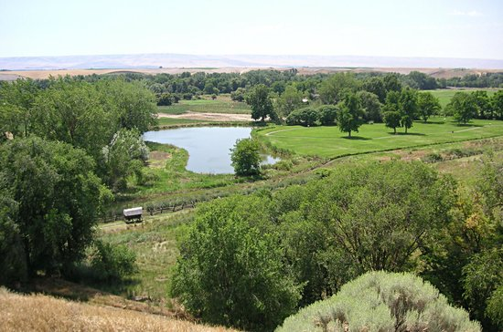 Marcus Whitman Hotel & Conference Center: View of Whitman Mission grounds and Oregon Trail from the Memorial