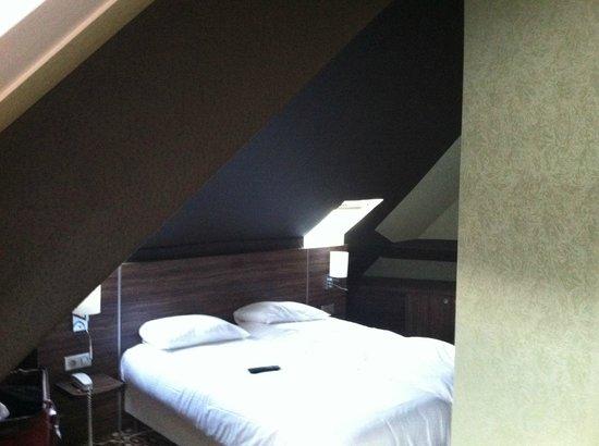 Hôtel Berkeley : bed
