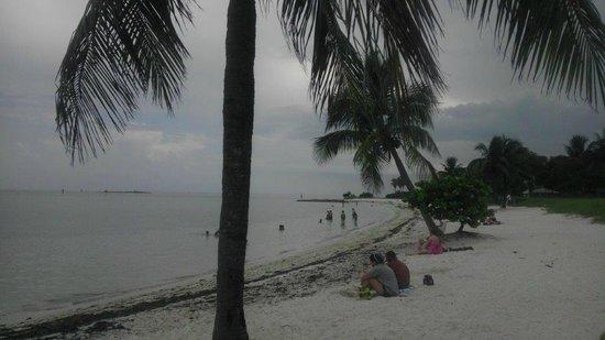 Sombrero Resort & Marina: Sombrero Beach a mile from hotel