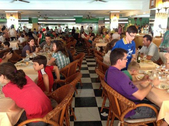 Playabonita Hotel : plutôt cantine que restaurant 4 étoiles