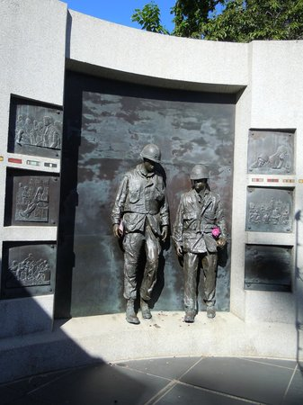Capitol Park: Vietnam Memorial in Capital Park