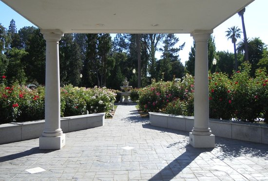 Capitol Park: The rose garden in Capital Park