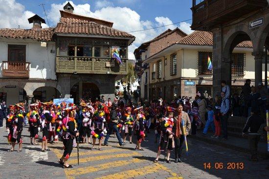 El Virrey Boutique Hostal: Armas De Plaza Cusco 6