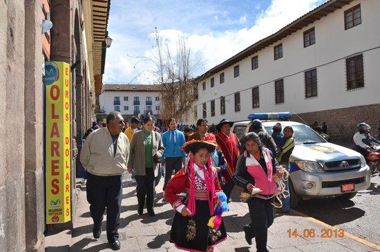 El Virrey Boutique Hostal: Armas De Plaza Cusco 7