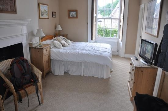 White Hall Bed & Breakfast: Add a caption