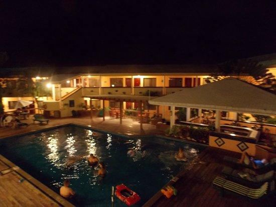Best Western Belize Biltmore Plaza: piscina