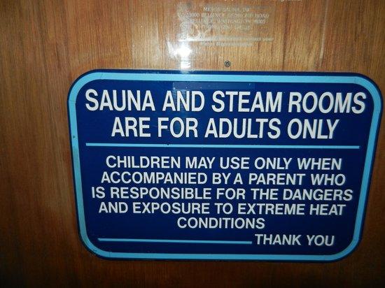 Shilo Inn Rose Garden: the sauna room