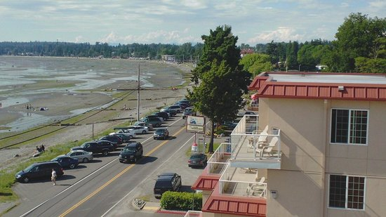 Sandcastle at Birch Bay: View of street in front of property