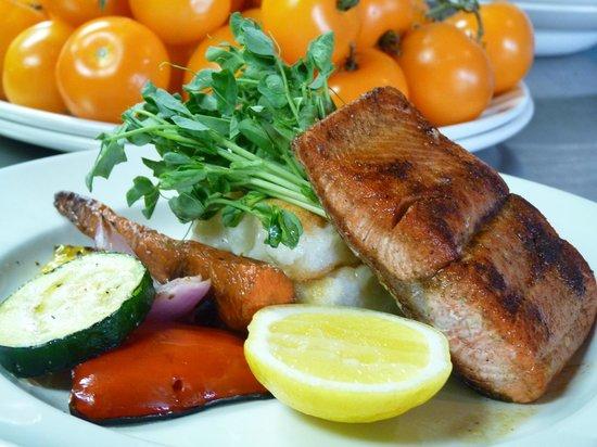 Cimo Mediterranean Grill: BC Wild Sockeye Salmon