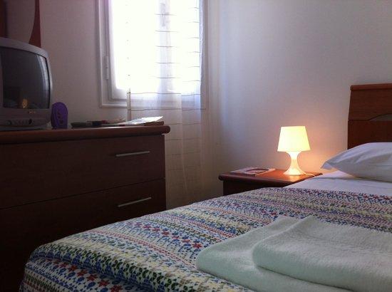 Residenza Carducci: camera 1
