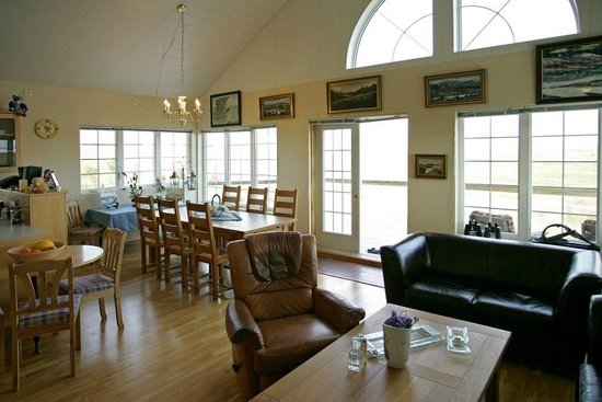 Heimaland Guesthouse