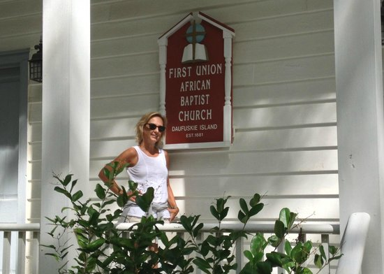Vagabond Cruise: Front of the First Union African Baptist Church