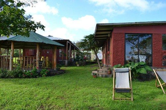 Keu Henua Eco-Hostal : Area para descanso e churrasco