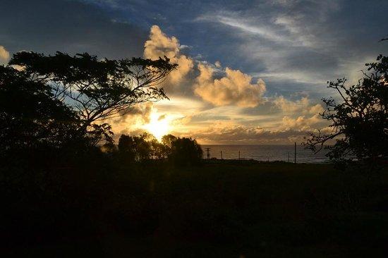 Keu Henua Eco-Hostal : Espetacular vista do por do sol