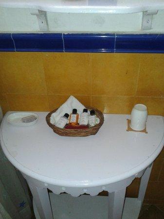 Neemrana's - Ramgarh Bungalows: Shampoos