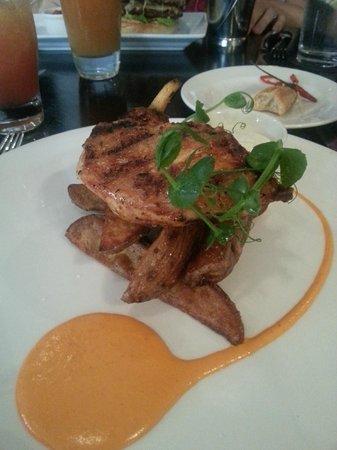 Cafe Novo: Grilled chicken