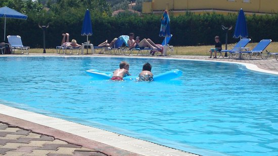 Filoxenia Apartments: filoxenia pool