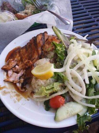 Hula Grill : teriyaki salmon plate