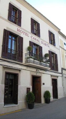 Casal d`Arta Hotel : Front of the hotel