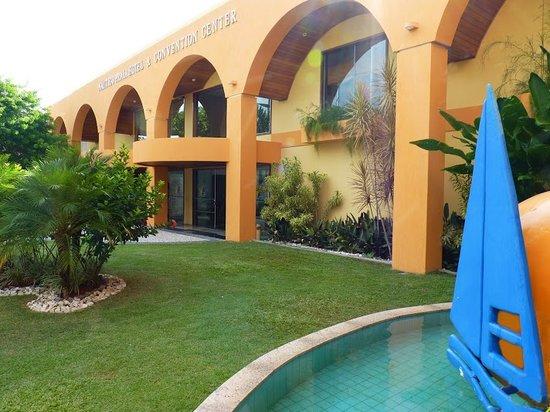 Nauticomar All Inclusive Hotel & Beach Club: Fachada do hotel (hotel front)