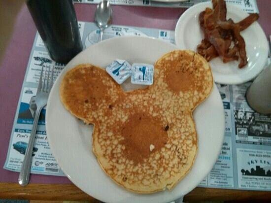 Milk Bottle Restaurant: mickey