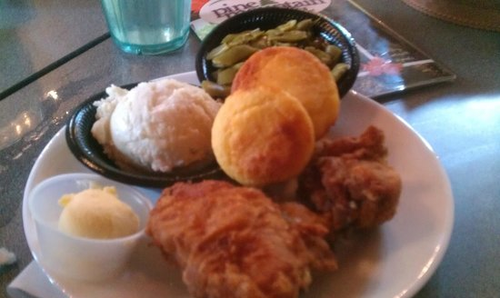 Pine Mountain Grill: The best chicken in Whitesburg
