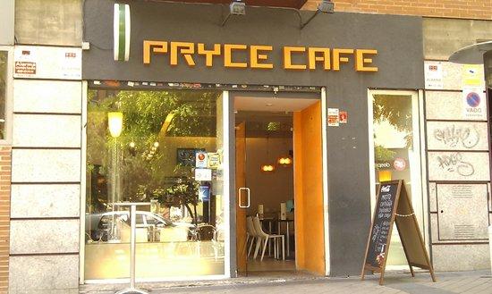 Pryce Cafe