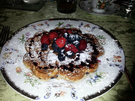 The Victoria Skylar Bed and Breakfast: gluten-free waffles