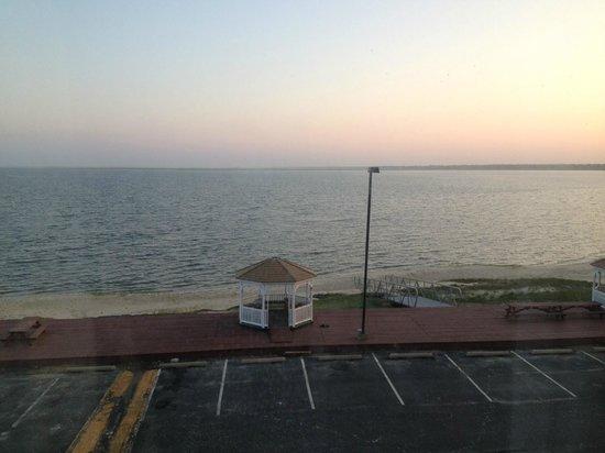 Comfort Inn & Suites West Atlantic City: Veiw of the bay from room 300