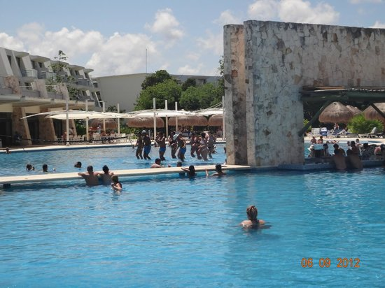pileta picture of grand sirenis riviera maya resort spa akumal tripadvisor. Black Bedroom Furniture Sets. Home Design Ideas