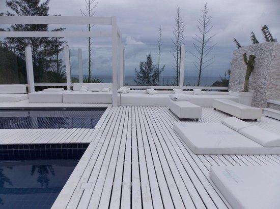 Brava Hotel: Estrutura boa mas precisa urgente de reforma