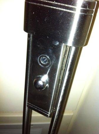 Hilton Birmingham Metropole Hotel: light switch missing