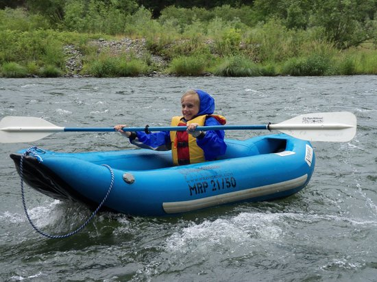 Morrisons Rogue Wilderness Adventures: Paddle faster
