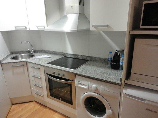 Apart-Suites Hostemplo : キッチン