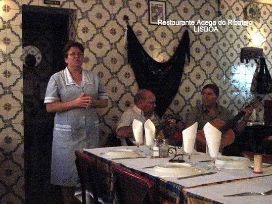 Restaurante Adega do Ribatejo : fado