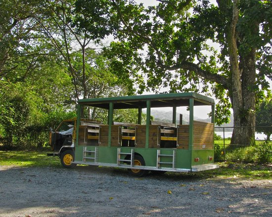 Gamboa Rainforest Resort Aerial Tram Tour : Bus that took you to the tram ride