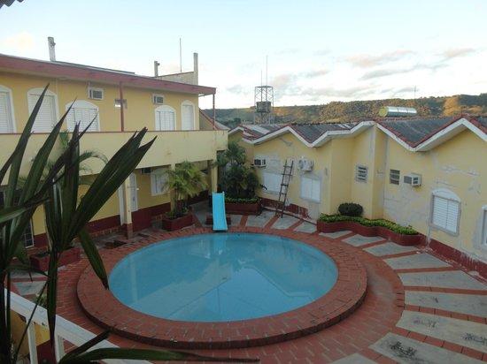 Santo Antonio da Platina: piscina